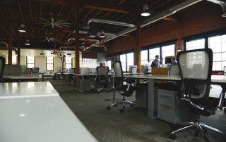 3-Signs-That-Your-Office-Has-a-Problem-with-Passive-Leadership