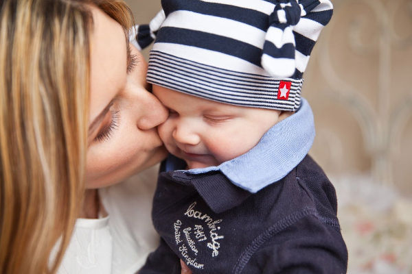 3 Laws HR Needs to Communicate to New Moms